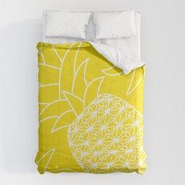 Ananas yellow Comforters