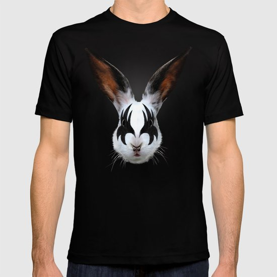 Kiss of a Rabbit T-shirt