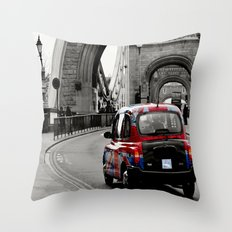 London Union Jack Taxi. Throw Pillow