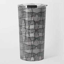 Linear Illusion print Travel Mug