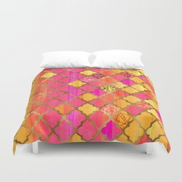 Moroccan Tile Pattern In Pink, Red, Orange, And Gold Duvet Cover