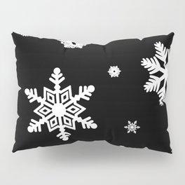 Snowflakes | Black & White Pillow Sham