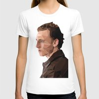 tom hiddleston T-shirts featuring Tom Hiddleston - Low Poly by khitkhat