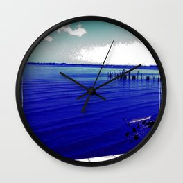 Verano Fresco Wall Clock