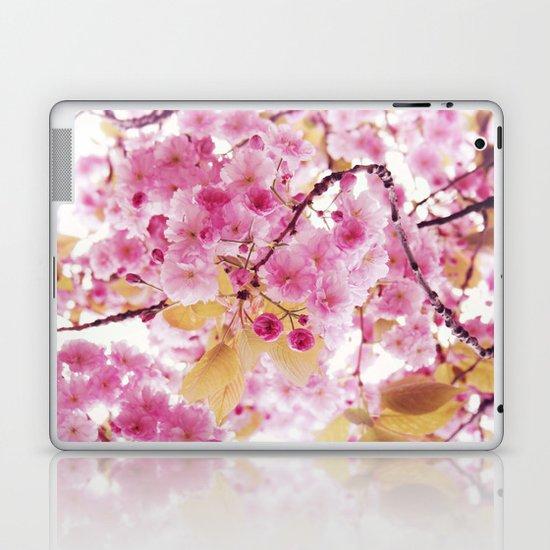 Bloom, bloom, bloom! Laptop & iPad Skin