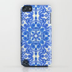 Cobalt Blue & China White Folk Art Pattern Slim Case iPod touch