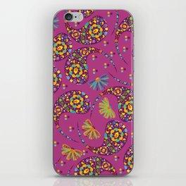Paisley background iPhone Skin