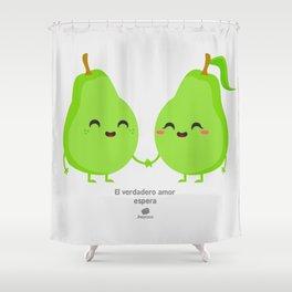 El verdadero amor espera Shower Curtain