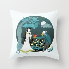Snowhite and the Evil Witch Throw Pillow
