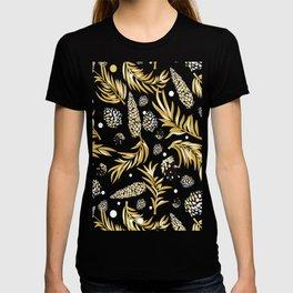 #Christmas #Pattern #Pine #Snow 5 T-shirt