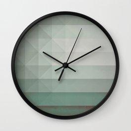 dryry ytyrnyl Wall Clock