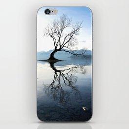The Wanaka Tree, South Island, New Zealand iPhone Skin