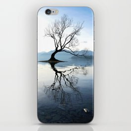 The Wanaka Tree, South Island, New Zealand iPhone Skin