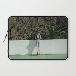 Don't go There, It's a Trap Laptop Sleeve