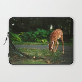 Fawn in the woods Laptop Sleeve