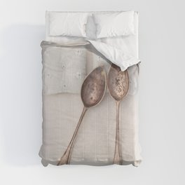 The Art of Spooning Comforters