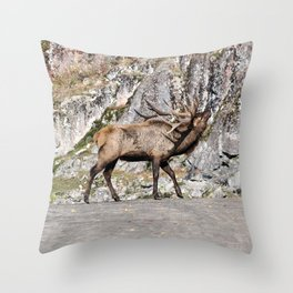 Wapiti Bugling (Bull Elk) Throw Pillow
