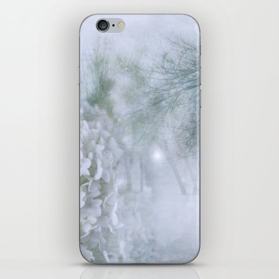 Pure iPhone & iPod Skin