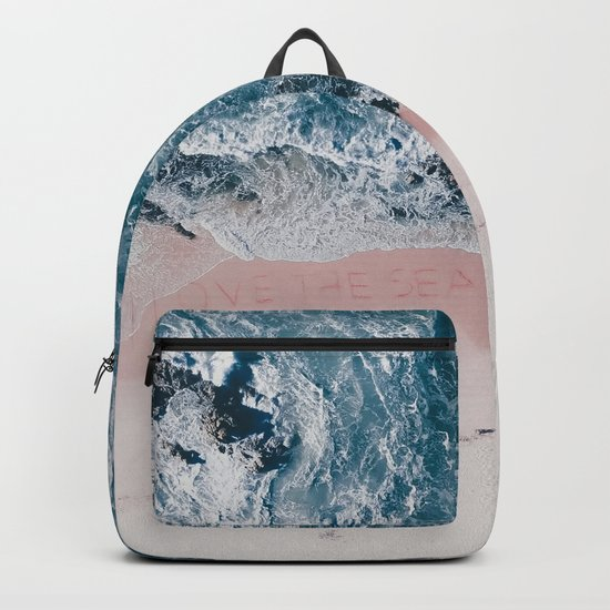 I love the sea - written on the beach Backpack