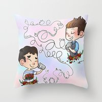 klaine Throw Pillows featuring The Sound Of Love by Sunshunes