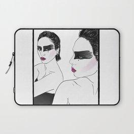 WYETTA Laptop Sleeve