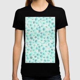 Ocean Blue and Green Maze Pattern - Abstract Art T-shirt