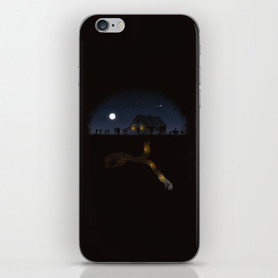 Minecraft: Always Digging iPhone & iPod Skin