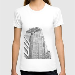 New Yorker Sign - NYC Black and White T-shirt
