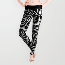 vibrant heart Leggings