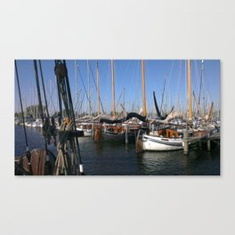 Beetween the seas of the netherlands Canvas Print