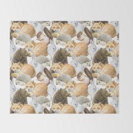 woodland animals pattern Throw Blanket