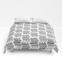 triangles in space Comforters