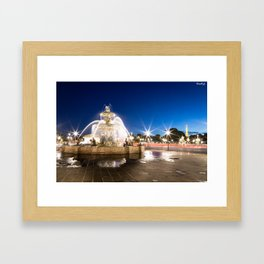 la fontaine des mers Framed Art Print