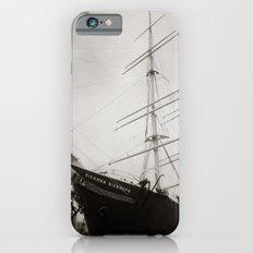 { equilibrium } iPhone 6s Slim Case