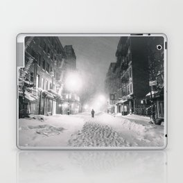 Alone in a Blizzard - New York City Laptop & iPad Skin