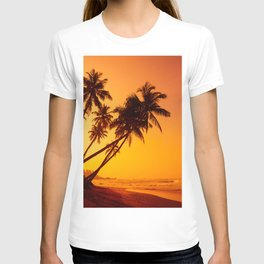 Sunset on the beach, tropical coconut palm trees silhouettes T-shirt