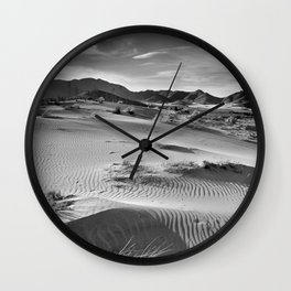 Wind traces at the desert Wall Clock