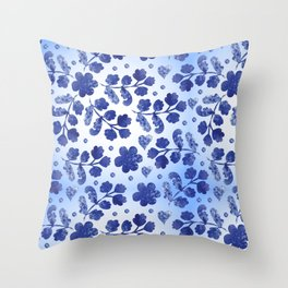 Beautiful vintage watercolor pattern with flowers Throw Pillow