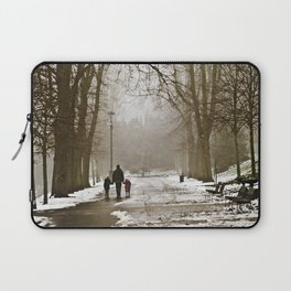 A walk through the park II Laptop Sleeve
