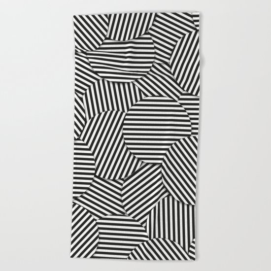 Striped Disc Pattern - Black and White Beach Towel