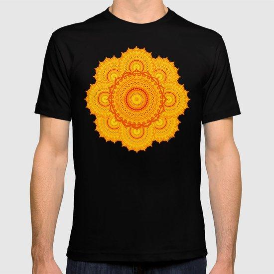 omulyána dancing gallery mandala T-shirt
