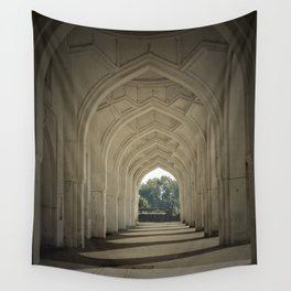 Arched colonnade Wall Tapestry