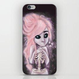 aliena skeleton iPhone Skin