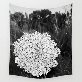 Queen Ann's Lace Wall Tapestry