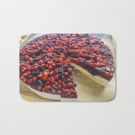 Cheesecake of red fruits Bath Mat
