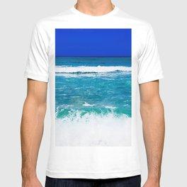 Beautiful Blue, Aqua, Turquoise, Relaxing, Peaceful, Coastal Seashore Waves T-shirt