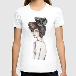 Queen of Diamonds // Fashion Illustration T-shirt