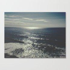 ocean always feels like memories  Canvas Print