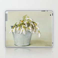 snowdrops N°2 Laptop & iPad Skin