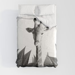 Giraffe Agave Leave - black and white  Comforters